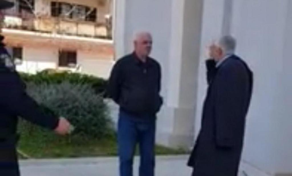 (VIDEO) Skandalozan ispad splitskog svećenika kojem su zabranili održavanje mise: 'Se*** po narodu. Kazni ga, Bože, na moj zahtjev'