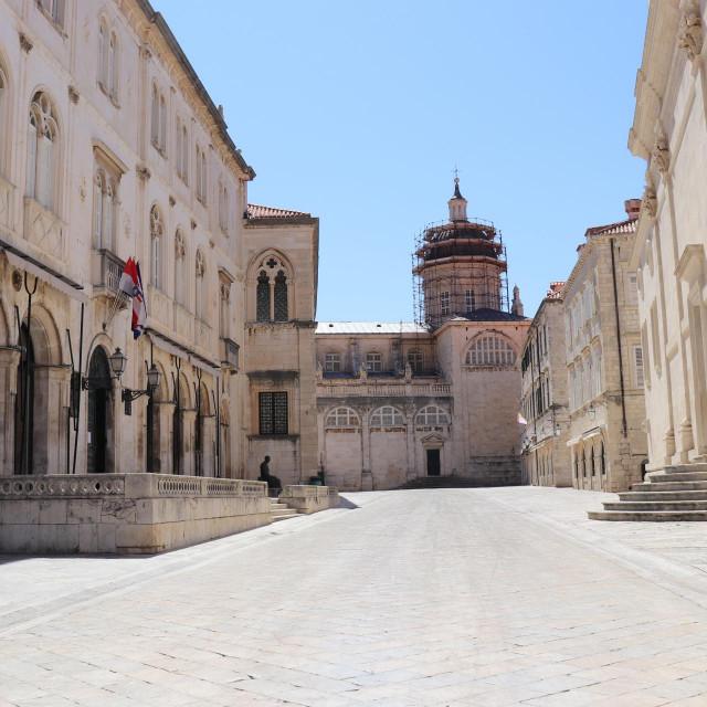 Grad Dubrovnik proveo je redovite isplate niza davanja iz Mjera Socijalnog programa za 2020. godinu