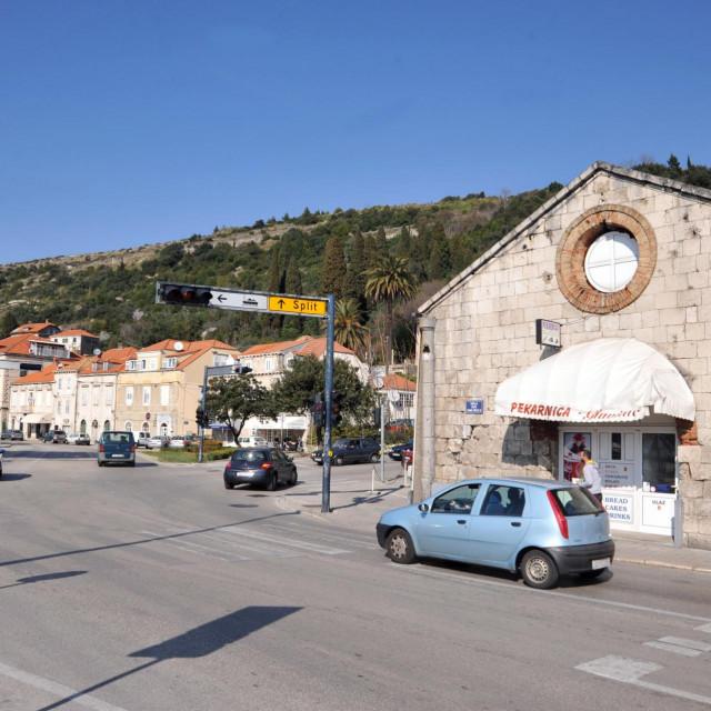 Vodovod Dubrovnik započeo se s radovima na čišćenju sustava javne odvodnje od Kantafiga do Batale