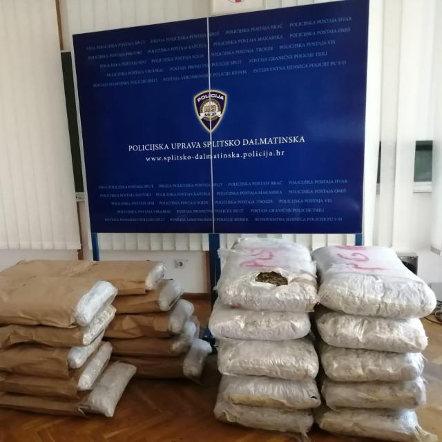 Zapljenjenih 200 kg marihuane u prostorijama PU splitsko-dalmatinske