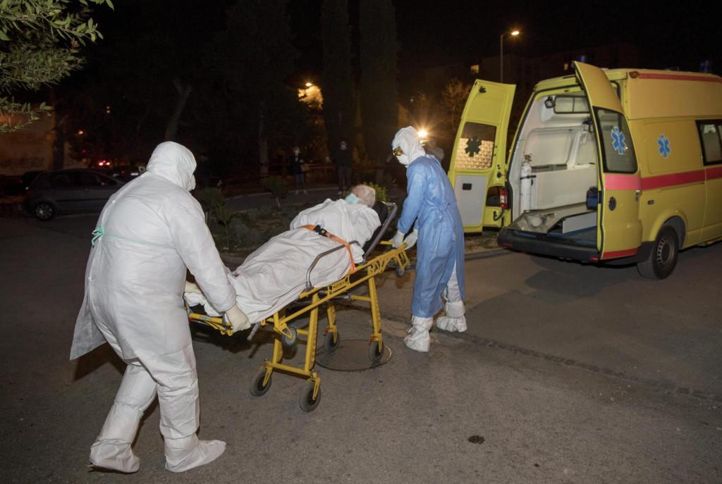 Slobodna Dalmacija - Unuka korisnika Doma u Vukovarskoj otvoreno ...