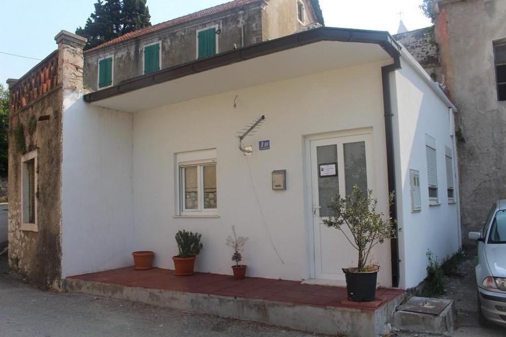 Kuća ispred koje je preminuo Vjeko Franičević<br />
