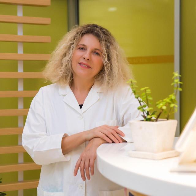 Dermatologinja doc. dr. sc. Ana Bakija-Konsuo