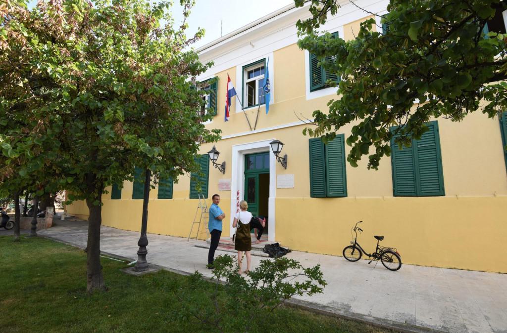 Jadan wi fi uređaj postavljen je i na zgradu općine