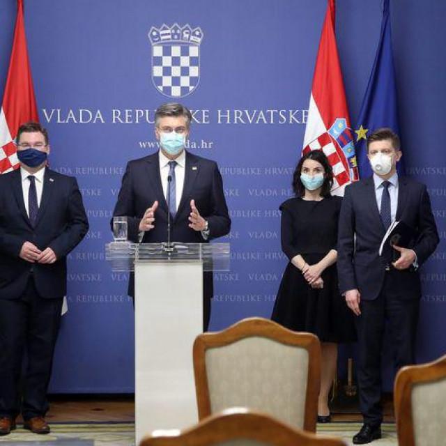Idući tjedan, dakle, Vlada će raspravljati o predloženim mjerama za otključavanje hrvatskoga gospodarstva