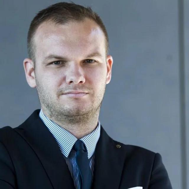 Odvjetnik Tomislav Kasalo ima zavidnu listu klijenata i ugledni je stručnjak za radno pravo