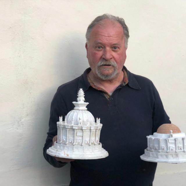 Jozo Violić i njegovi radovi: Velika Onofrijeva fontana prije i poslije potresa