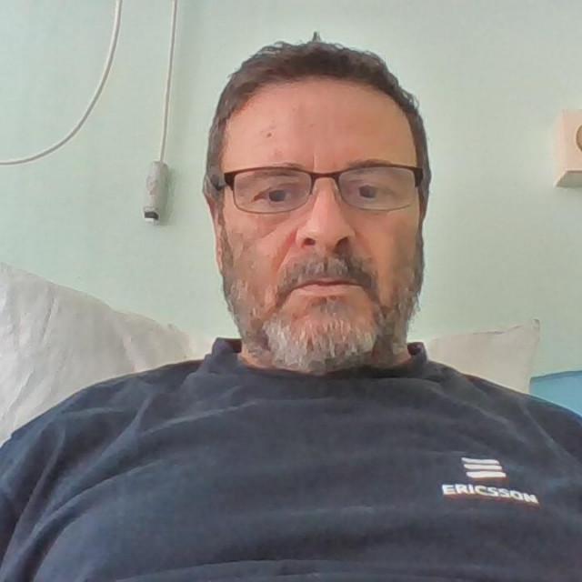 Joško Bubić u bolničkom krevetu