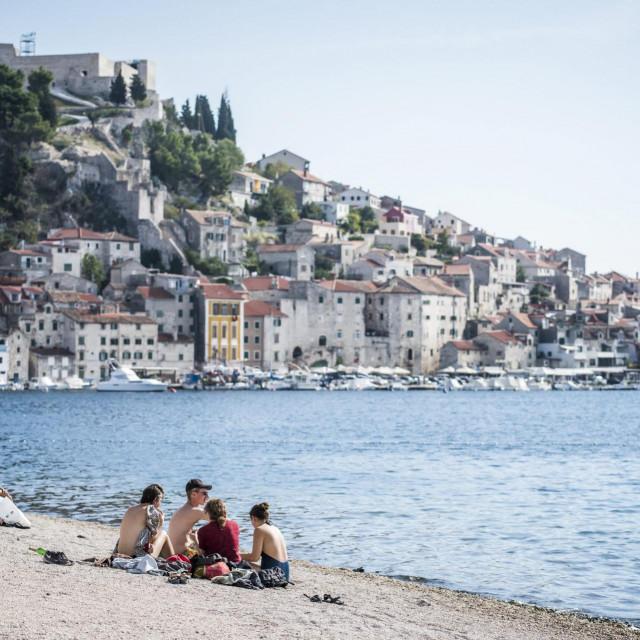 Jedna od poznatih smjernica gradske uprave Šibenik je proširenje plažnog pojasa od Banja pa nadalje<br />