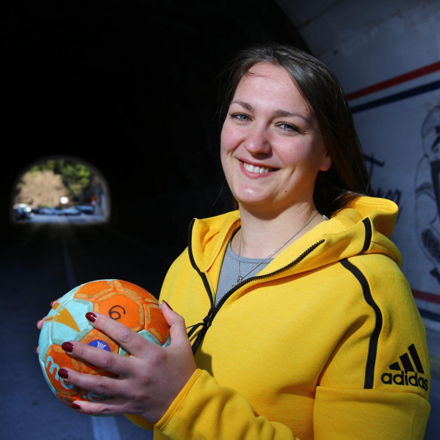 Ivana Banović, rukometašica Orkana iz Dugog Rata bila je klinički mrtva, a danas opet igra rukomet