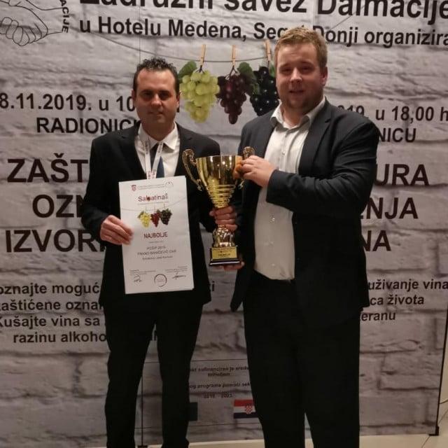 Frano Baničević u društvu načelnika Općine Smokvica Kuzme Tomašića