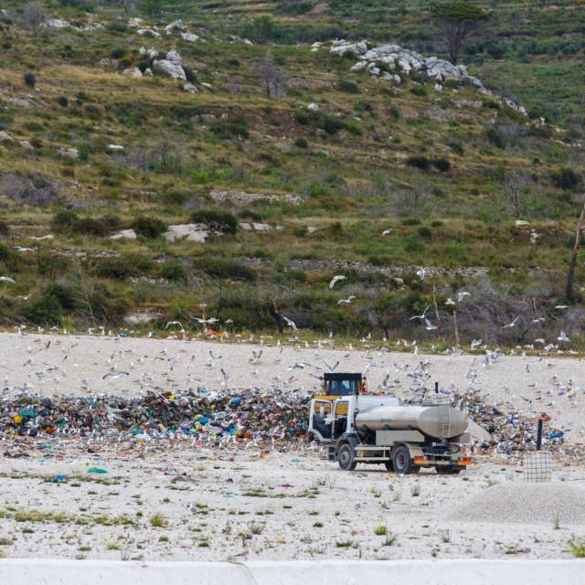 Sanitarna ploha je nepropusna, pa neće više biti onečišćenja okoliša