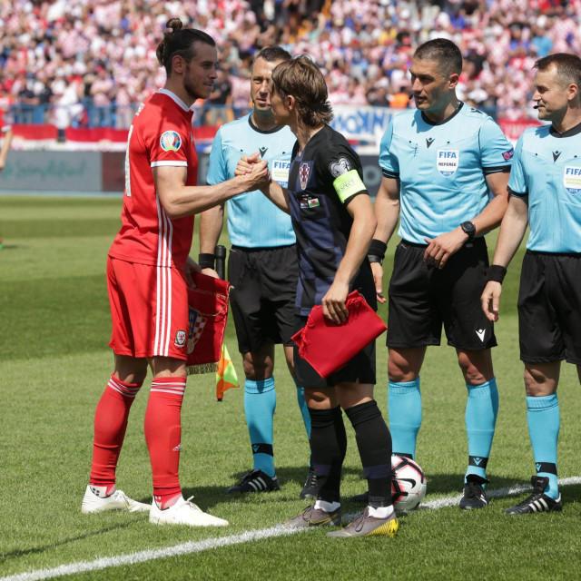Bale i Modrić na utakmici reprezenatcija Hrvatske i Walesa u Osijeku