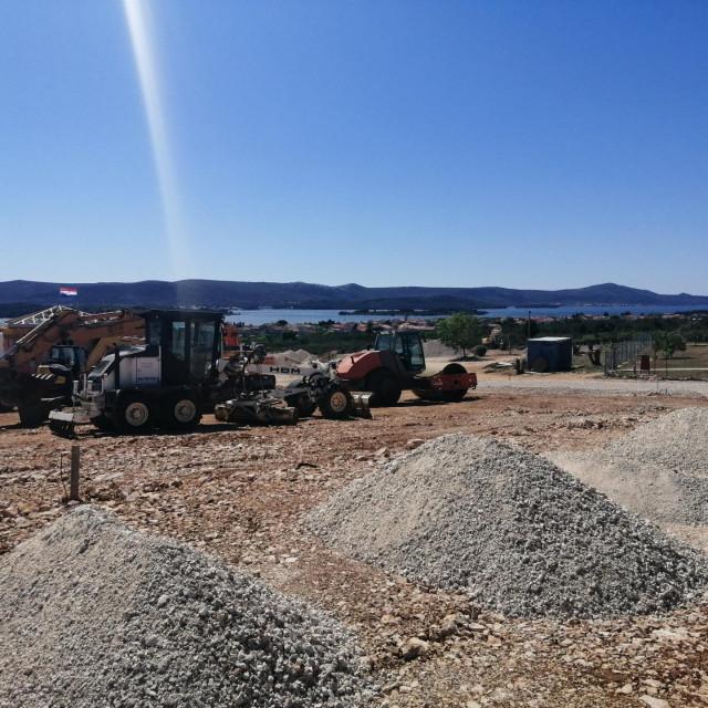 Gradilište POS-ovih stanova na Rabatinu u Sv. Filipu i Jakovu