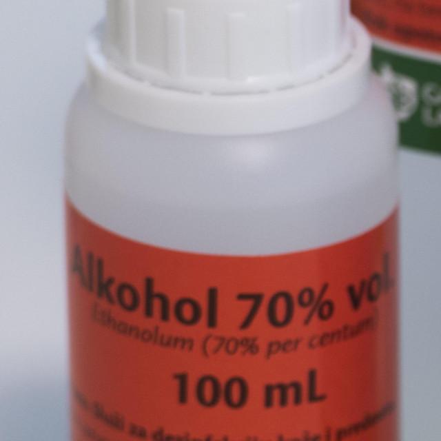 Nestašica medicinskog alkohola
