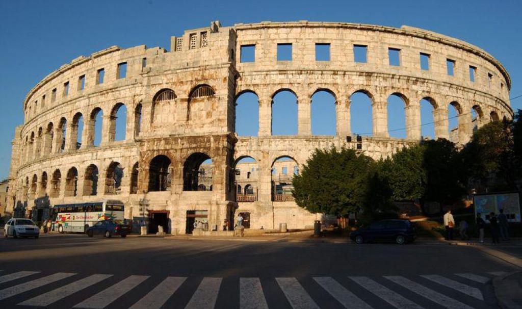 Pulska Arena bila bi pravo mjesto za spektakularan boksački dvoboj