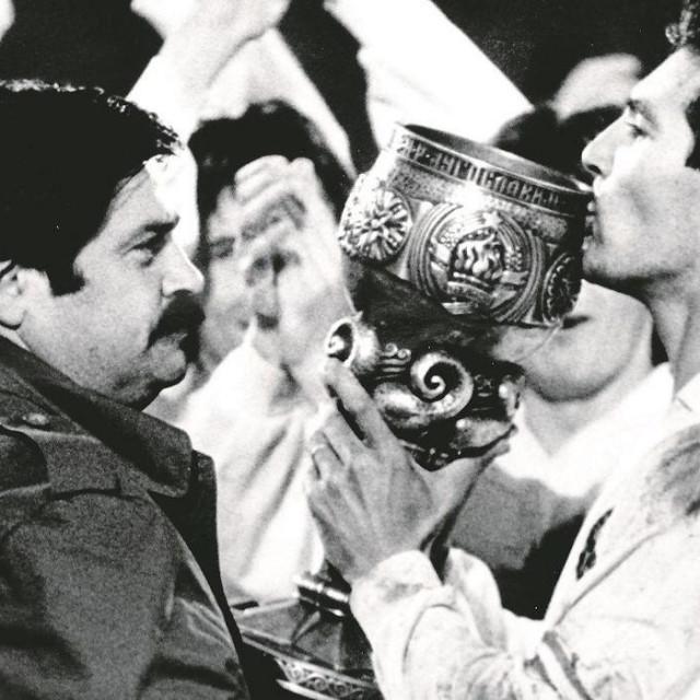 Hajduk pobjednik posljednjeg Kupa Jugoslavije 1991. godine - Igor Štimac je kao kapetan 'Bilih' podigao pokal foto: Zoran Velikinac