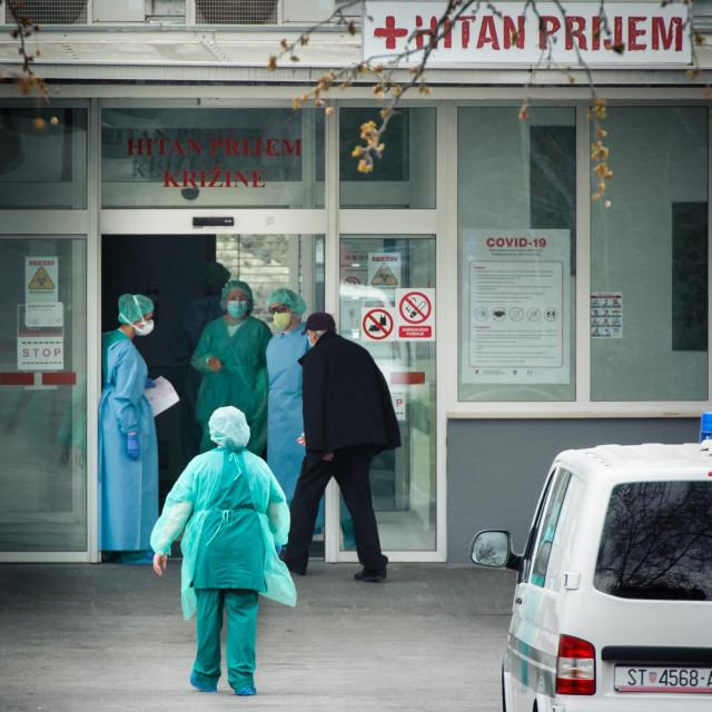 U splitskoj bolnici neki doslovno ginu da bi spašavali živote pacijenata