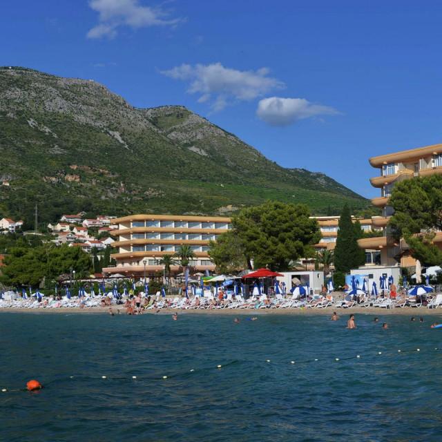 Cavtat, 28.06.2016. Plaza hotela Albatros - Cavtat