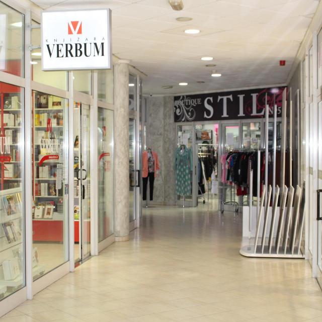 Interijer shopping centra Mercante