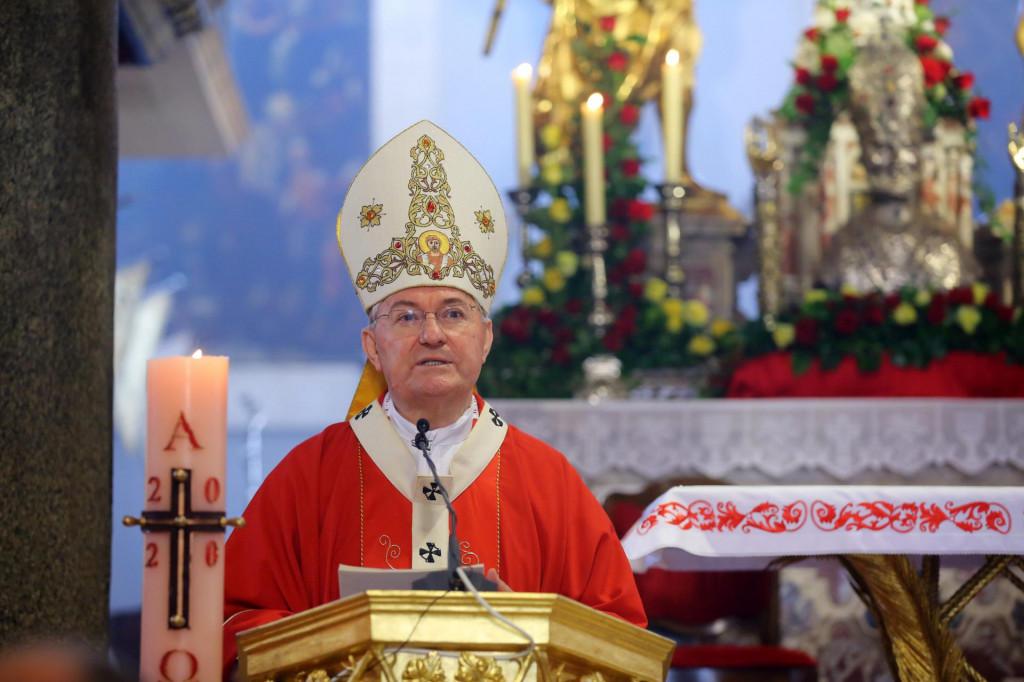 Nadbiskup Marin Barišić: 'Neka naša molitva isprosi od Milosrdnog Oca dane mira i zdravlja'