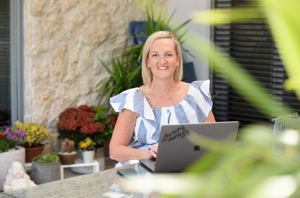 Blogerica Sarah Jane Begonja, njezin suprug Mate i kolegica Tash pokrenuli su inicijativu za spas turizma i za pomoć malim poduzetnicima koje je pogodila kriza