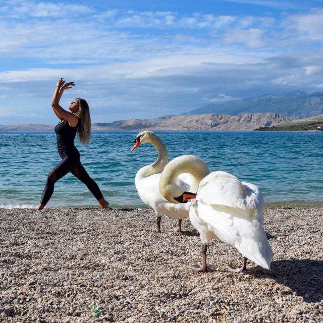 Pusti otok Pag kao idealna kulisa za predivne fotografije