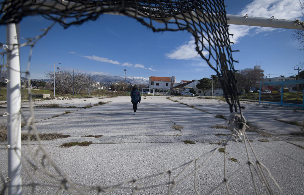 Igralište u Kopilici - lokacija budućeg privremenog autobusnog kolodvora ostat će do daljnjega - igralište