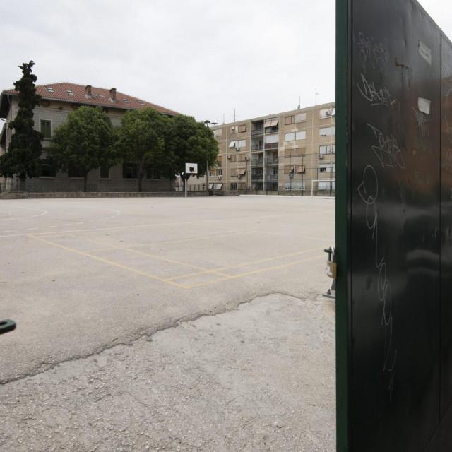 'Znala sam da će patiti veća grupa dobre djece zbog nekoliko njih koji uništavaju školu', kaže ravnateljica Guć