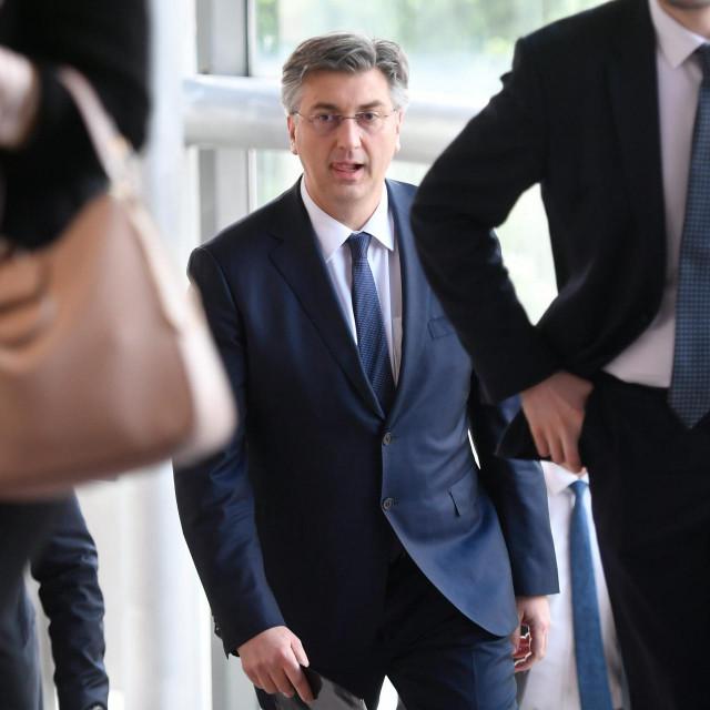Plenković bi, ističe naš sugovornik, u izravnim duelima trebao imati prednost pred Davorom Bernardićem