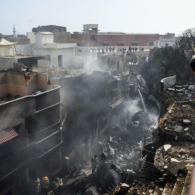 Teška zrakoplovna nesreća u Pakistanu