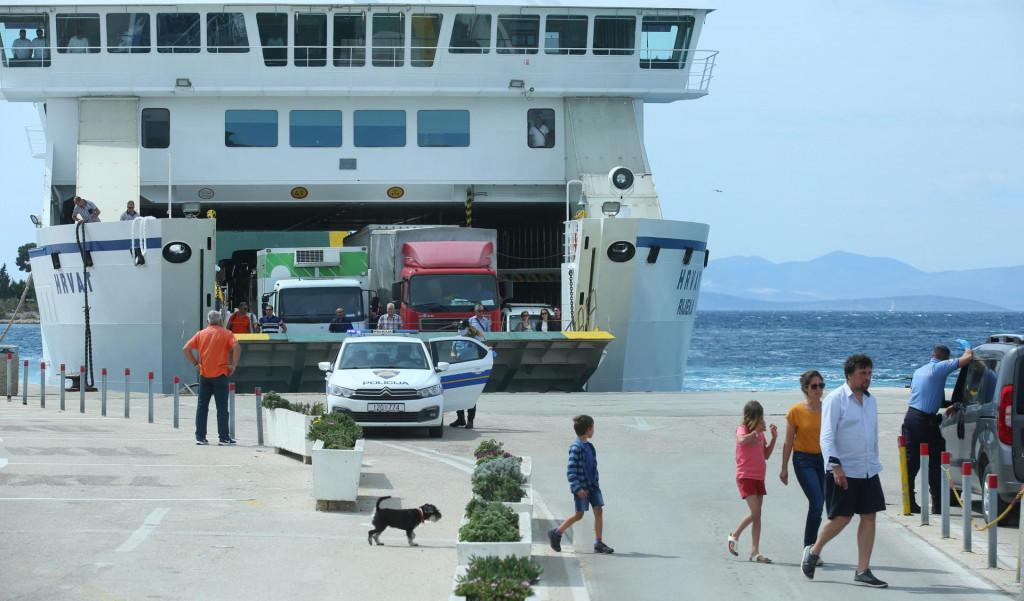 Otok Brac, Supetar, 220520.<br /> Posljednji dan karantene otoka Braca.<br />