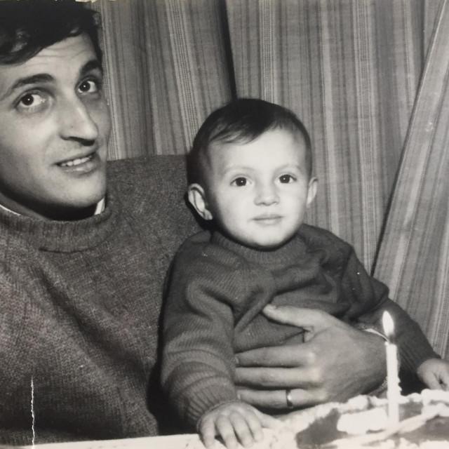 Tonči Bonaći sa sinom Joškom, danas poznatim radijskim voditeljem