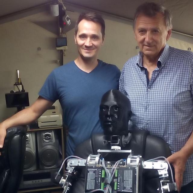 Na Zlarinu se proizvodi humanoidni robot