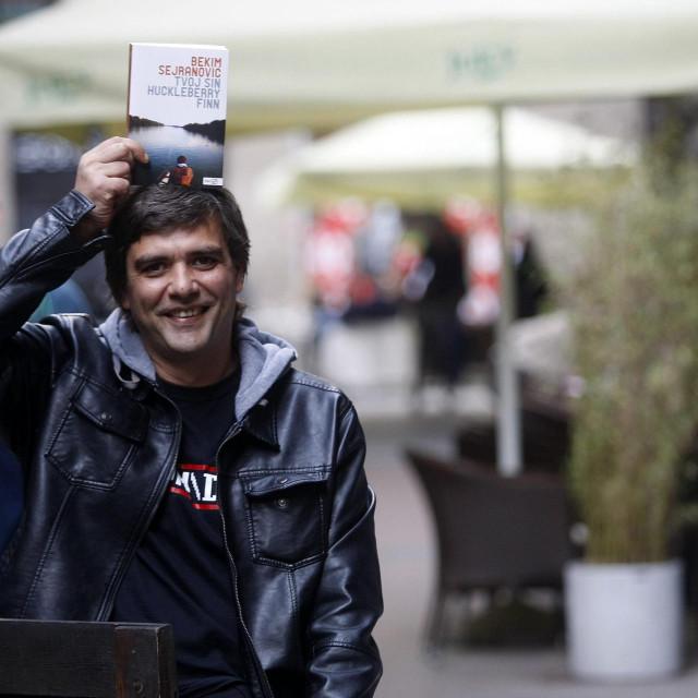 Bosanska veleposlanica u Pragu poručila je piscu: 'Ti si, Bekime dušo, naš'