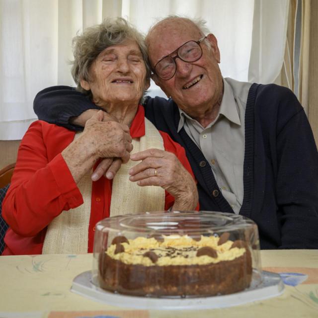 Sibenik, 210520.<br /> Bracni par Anka i Ante Cvitan proslavili su 71. godisnjicu braka.<br />