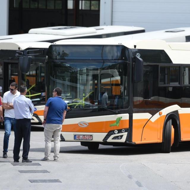 Novi autobusi JGP Libertas, Solaris