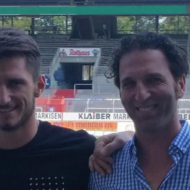 Dimitis Diamantakod novi igrač Hajduka u društvu s menadžerom Theophilos Karasavvidis