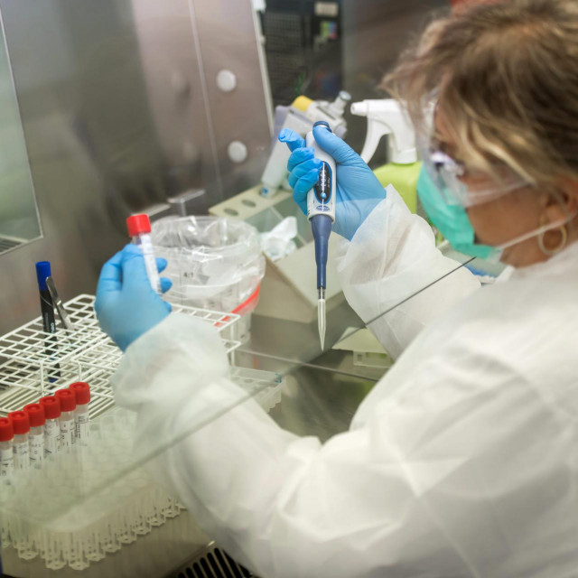 Zadarski Zavod za javno zdravstvo - provode tesitranja na koronavirus.<br /> Biljana Perica(vodtieljica sluzbe za molekularnu dijagnostiku).<br />
