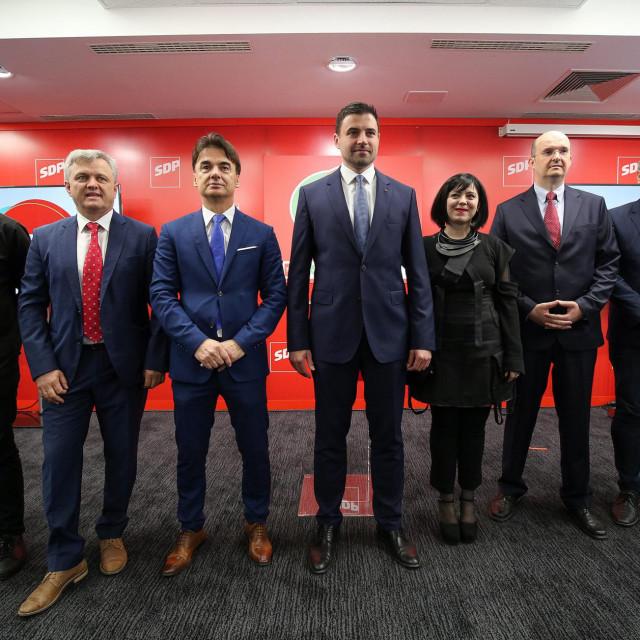 Marko Rakar, Zvonko Mrsić, Branko Grčić, Davor Bernardić, Mirela Holy, Josip Tica i Boris Lalovac<br />