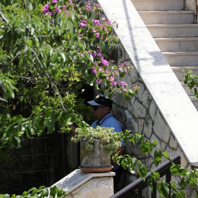 objekt gdje se skrivao i uhićen napadač D.G. iz Šipčina