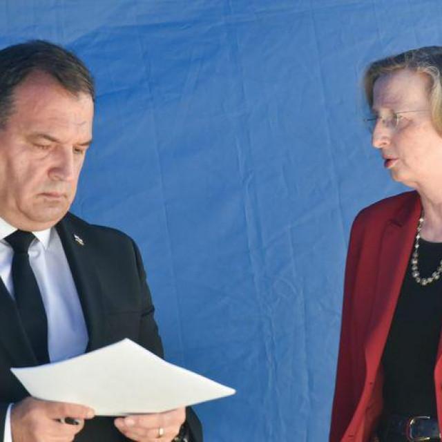 Vili Beroš i Alemka Markotić