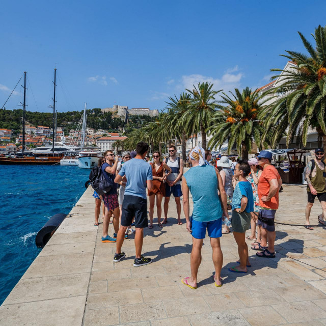Vlada bi trebala jače stimulirati domaću namjensku turističku potrošnju