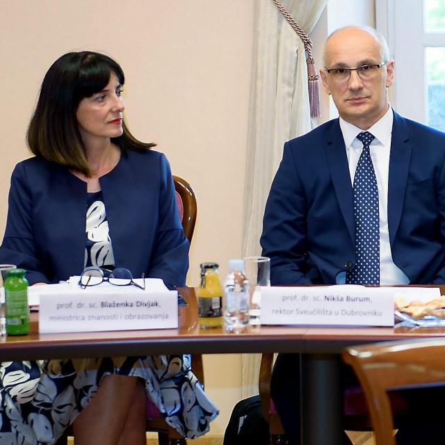 Ministrica Blaženka Divjak i predsjednik Rektorskog zbora Nikša Burum na početku njezina mandata