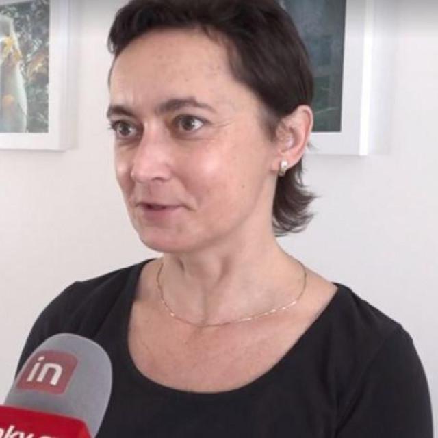 Sona Pekova, glavna češka virologinja