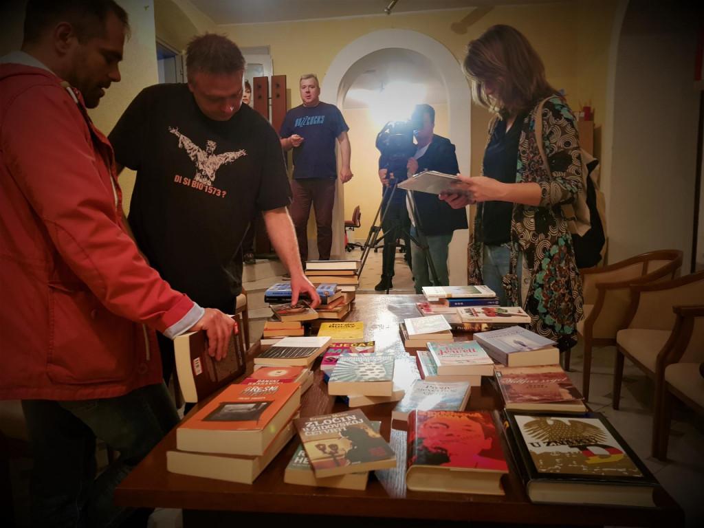 Akcija 'Knjigom na knjigu'