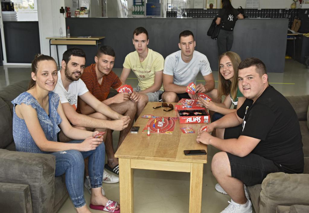 Igor Grgić, Ante Kvesić, Ivan Vučina, Ana Raguž, Danijela Dragičević, Davor Bilić i Zdravko Pažin