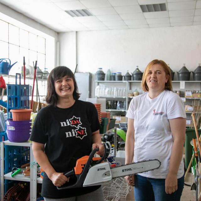 """Ivana i Karmela više od deset godina rade u poljoprivrednoj butizi """"ATTS 2"""""""