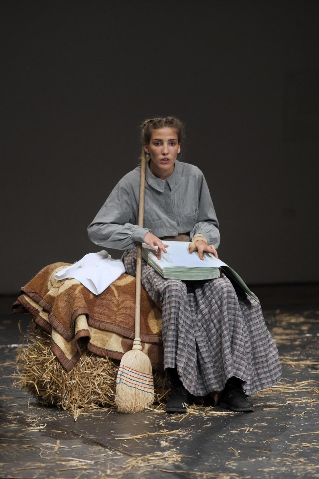Lucija Alfier u predstavi 'O miševima i ljudima'