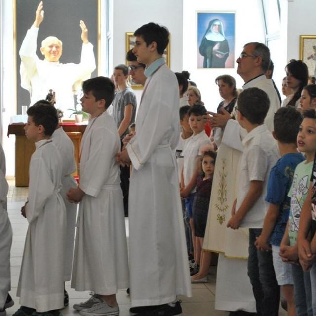Sveta misa i blagoslov najmlađih u župi svetoga Mihajla